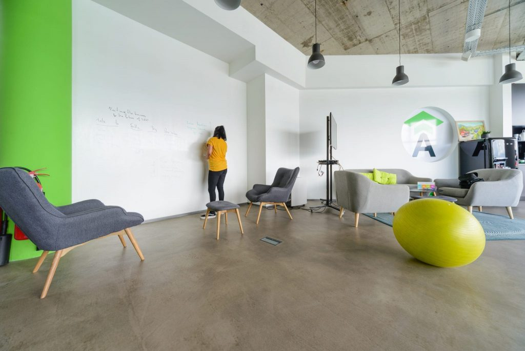 Coworking Meeting Rooms Design